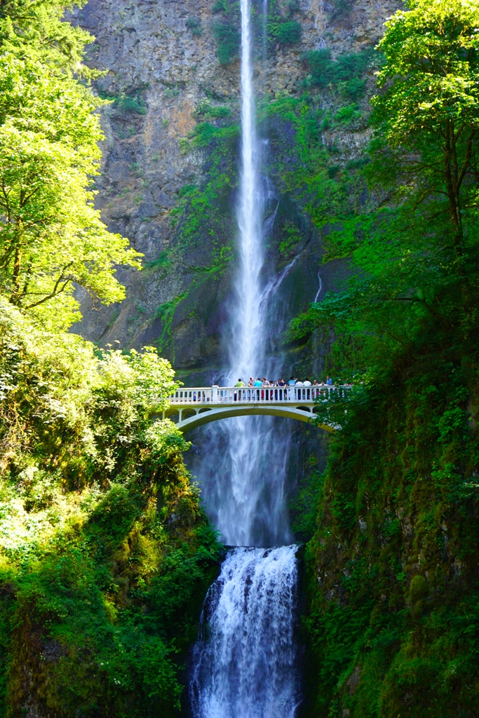 Multnomah Waterfalls