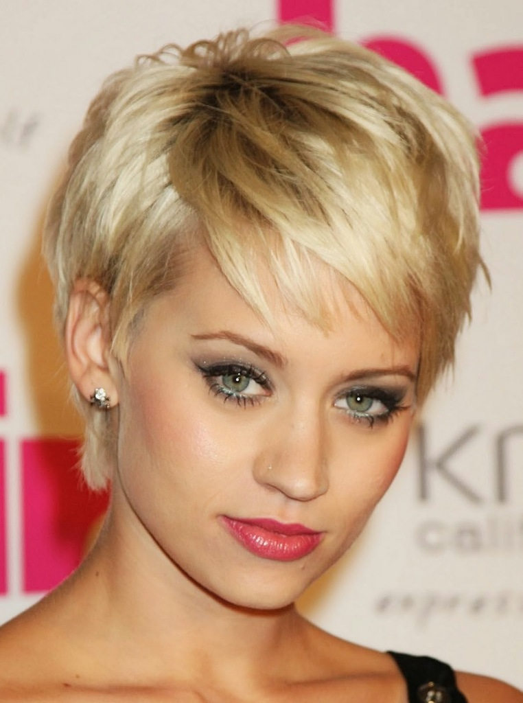 Funky Short Hairstyles For Oval Face