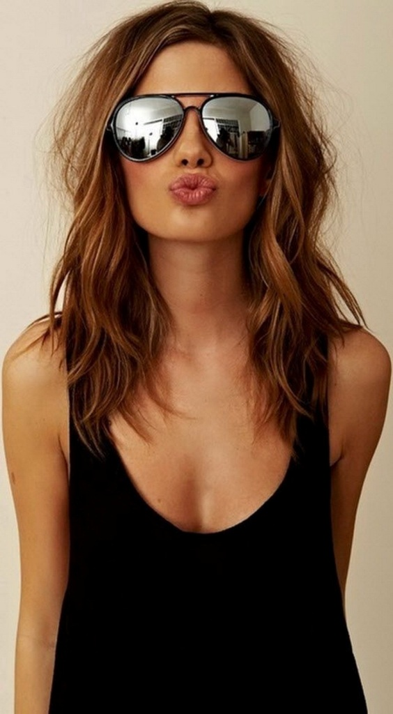 Top 30 Medium Length Layered Hairstyles Perfect For Lack of Time!