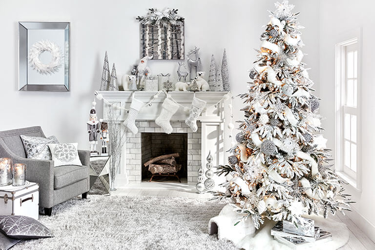 21 White Silver Christmas Decoration That Will Charm You