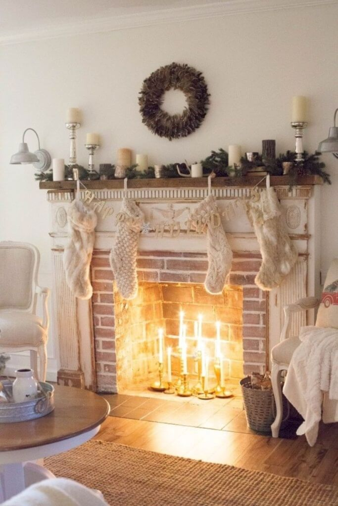 Simple Fireplace Rustic Christmas Decoration