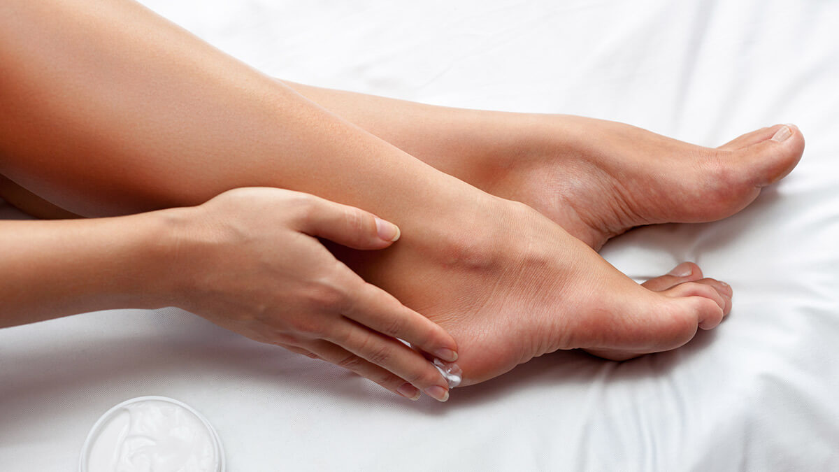 Tips to Get Rid of Cracked Heels