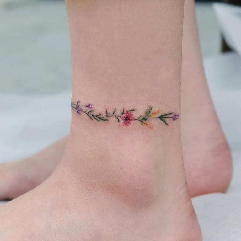 Dainty Vine and Flowers Leg Band