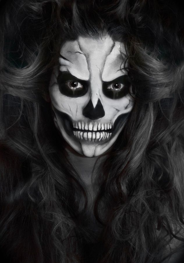 black and white creepy and beautiful halloween makeup