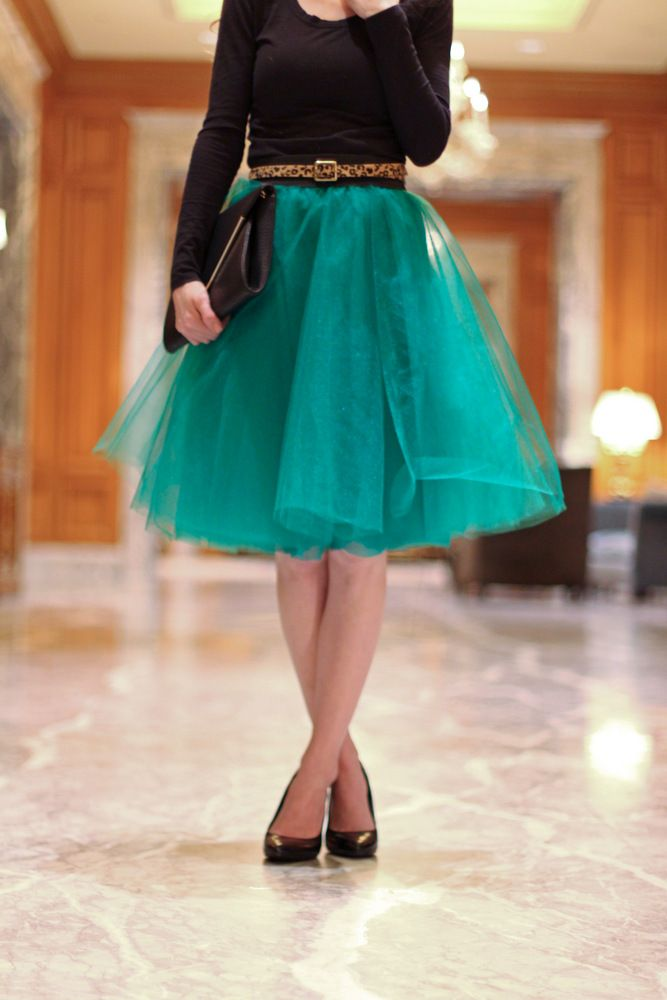 An Easy Tulle Skirt Tutorial