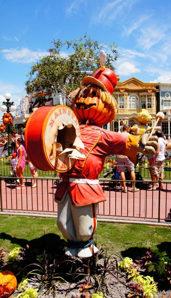 Magic Kingdom Disney Halloween Decorations