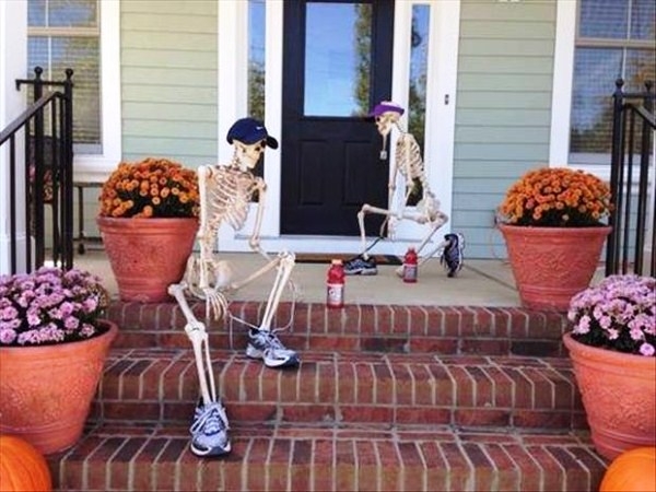 halloween skeleton decorations front door