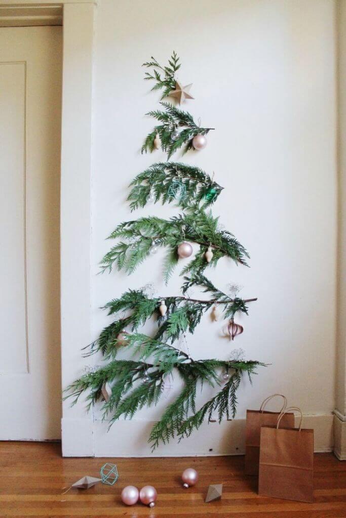 Small Space Minimalist Christmas Decor