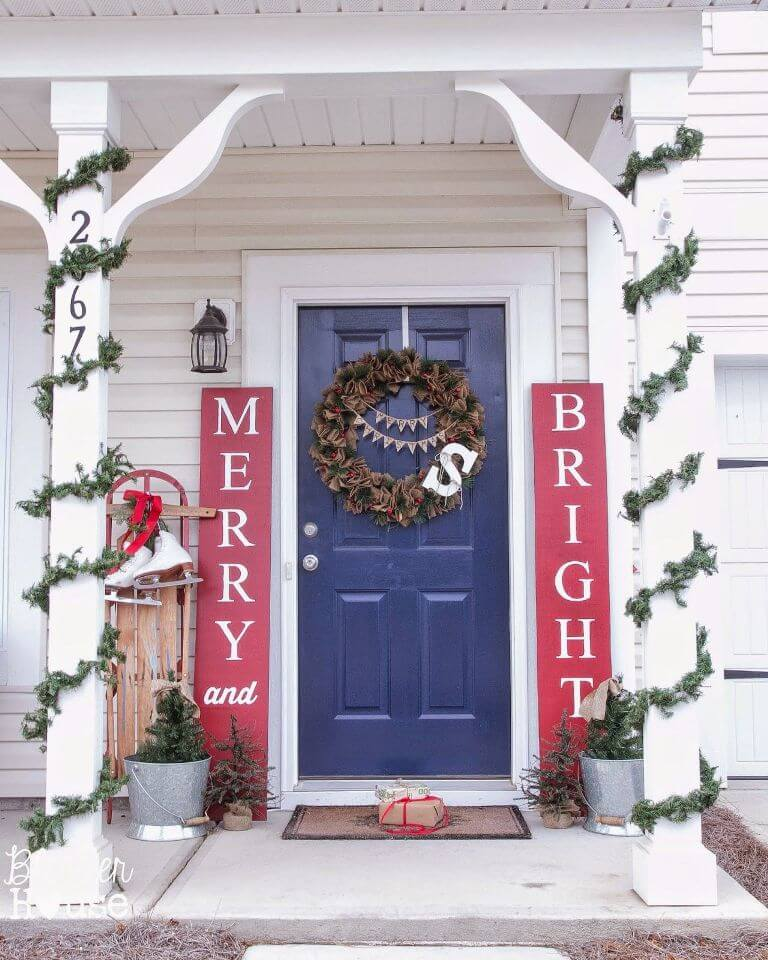 22 Fetching Christmas Front Door Decor Ideas For You