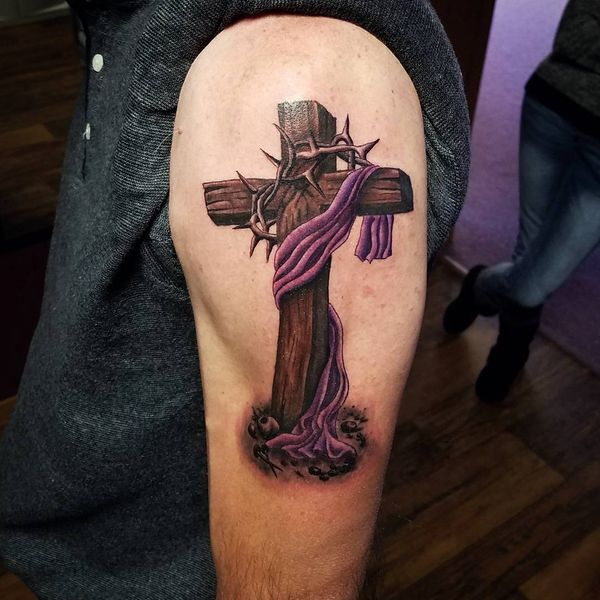 50 Cross Tattoo Ideas To Try For The Love Of Jesus