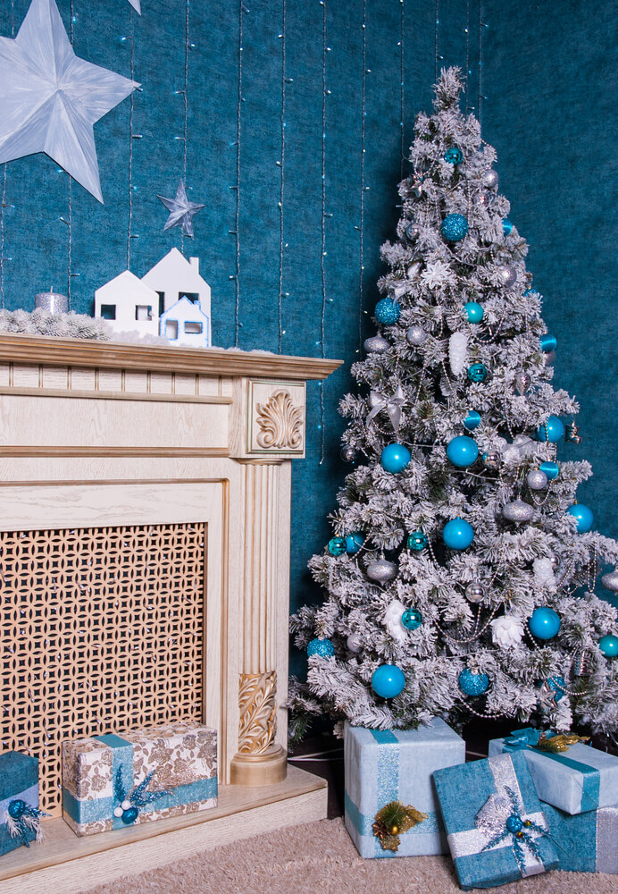 26 Fascinating Silver Blue Decoration Ideas For Christmas