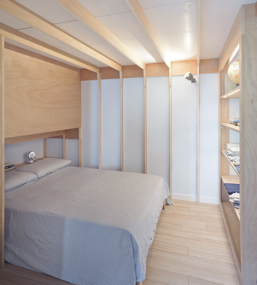 Cabin Style Small Space Bedroom